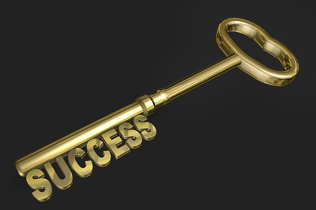 a golden key can open any door - gold idioms