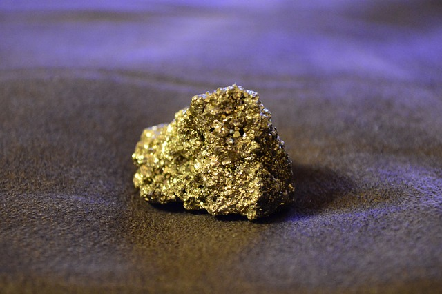 fool's gold - gold idioms