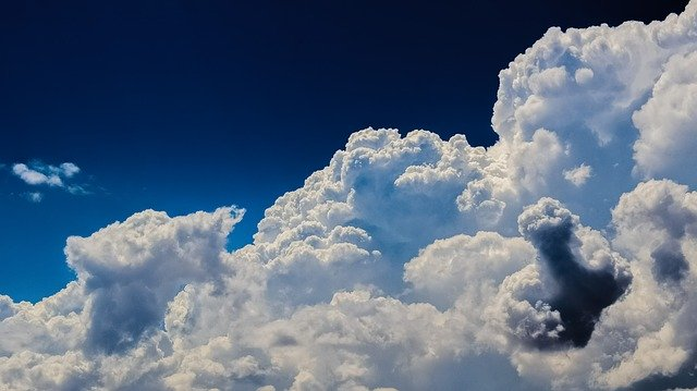 cloud idioms and phrases